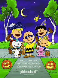 Snoopy Charlie Brown Sally Lucy Schroeder in Halloween.