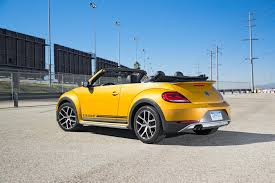 2018 volkswagen beetle convertible colors. delighful volkswagen 2017 volkswagen beetle convertible dune rear three quarter with 2018 volkswagen beetle convertible colors