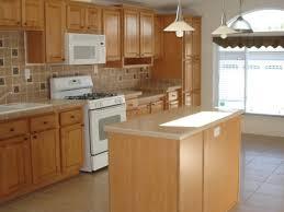 Square Kitchen Layout Square Kitchen Designs 1000 Ideas About Square Kitchen Layout On