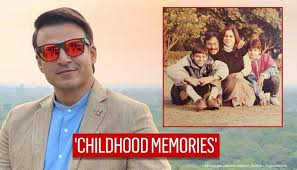 Rest in peace padma shri dr. Vivek Oberoi Shares Throwback Family Picture Calls Them His Unshakeable Strength