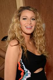 Hairstyle Curls curly vs straight which style suits these celebrities best 5112 by stevesalt.us