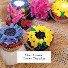Oreo Cookie Flower Cupcakes An Easy Kid Friendly Cupcake