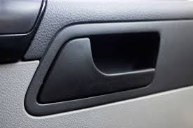 here s why you should open the car door with your right hand reader s digest