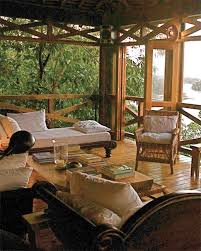 Exotic Tree Houses Stay In A Treehouse Glamp Train Or Cruise For Your Honeymoon