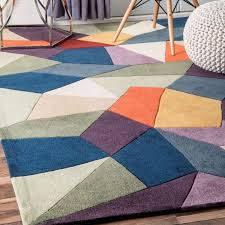 safa radiante hand tufted modern geometric rug is a hand made rugs that is made from wool blend mainly use for indoor the rugs is rectangle in shape with