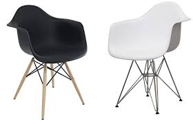 eames molded plastic armchair eq eames molded plastic side chair