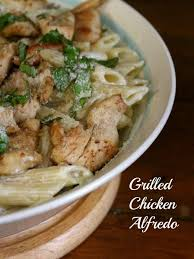 grilled en alfredo over rigatoni pasta is easy and delicious use wver pasta you have on hand y all no judgement here restlesschipotle com
