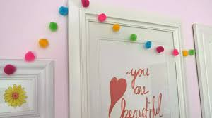 girls room gallery wall, bedroom ideas, home decor, wall decor