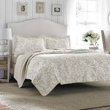 Laura Ashley Bedroom Laura Ashley Bedding Bedding Collections Quilts At Beddingstylecom