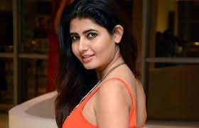 Ashima Narwal Biography, Age, Height, weight, Husband, Photos, Movies -  Tamil Actress Diary