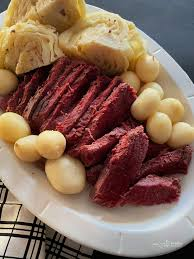 corned beef and cabbage dinner in the