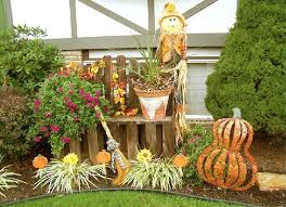 fall yard decorations image of outdoor decorating ideas with corn elegant simplistic 11 picture size 1021x737 posted by at june 20 2018
