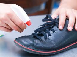 how to clean road salt off leather shoes