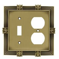 Antique Brass Wall Plates Delectable Liberty Hardware 32 Pineapple Single SwitchDuplex Wall Plate