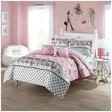 eiffel tower comforter girls pink i love comforter full set girly tower motifs themed bedding famous landmark living colors eiffel tower comforter set