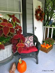 front porch fall decor blogging tour 2 bees in a pod diy fall