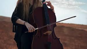 Pianika merupakan alat musik tiup kecil sejenis harmonika, tetapi memakai. Mengenal Jenis Dan Fungsi Alat Musik Melodi Lifestyle Fimela Com