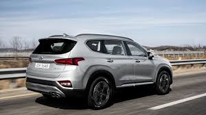 2019 Hyundai Santa Fe: Reborn SUV cops a winning attitude - Roadshow