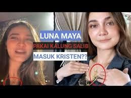 Lunamaya & ariel noah balikan lagi! Viral Luna Maya Pakai Kalung Salib Apakah Pindah Agama Youtube