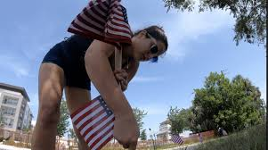 Sarasota couple hosts drive-by July 4th celebration, events you can check  out in Tampa Bay