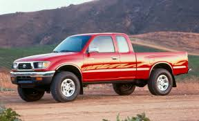 Old vs. New: 1995 Toyota Tacoma vs. 2016 Toyota Tacoma - The Fast ...