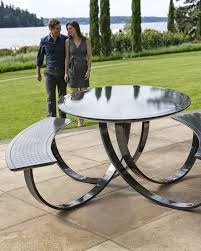 metal picnic tables round