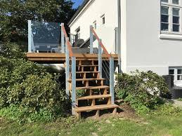 Die bequemsten maße für gartentreppen liegen bei stufenauftritten von 34 bis 40 cm tiefe und stufenhöhen von 12 bis 15 cm. Garten Treppenwangen
