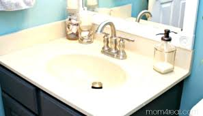 how to clean porcelain bathtubs the process refinishing porcelain steel bathtubs cleaning