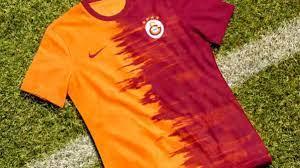 Galatasaray, yeni sezonda giyeceği formaları tanıttı - Haberler Spor