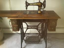 Treadle Sewing Machine Cabinet 1904 Singer Model 27 4 Treadle Sewing Machine Cabinet Shown In