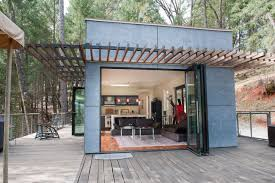 Off The Grid Prefab Homes 7 Prefab Houses That Will Let You Escape From Civilization Mofei