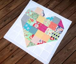 Color My Heart pattern by Fat Quarter Shop | Sew Much Love ... & Color My Heart - free pattern! - The Sassy Quilter Adamdwight.com
