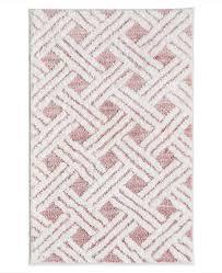 martha stewart collection high low lattice 20 x 30 bath rug