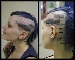 вот что в голове у тех кто делает такие тату яплакалъ