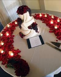 Engagement Cake Table Decorations Red Roses Wedding Reception The Weddinglinkscom Wedding Coach