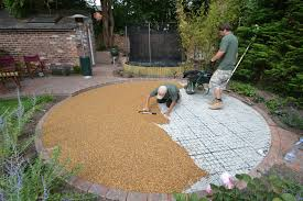 pea gravel patio cost