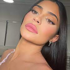Kylie Cosmetics by Kylie Jenner ...