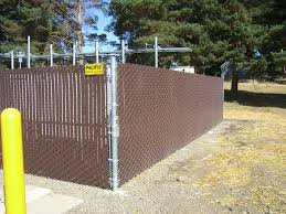 chain link fence slats brown. BROWN SLAT FENCE (4) Chain Link Fence Slats Brown