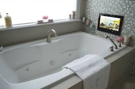 bathtub with tv best of whirlpool bathtub with free tv whole whirlpool bathtub