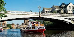 ref p s 3a 2f 2f travelzoo 2 2flocal deals 2fnorth yorkshire 2fother 2f260910 2fcity cruises plc trades as city cruises london showboat