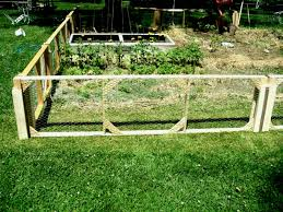 install a metal garden fencing post sathoud decors
