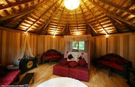 Luxurious tree house Eco Boudoir No Expense Has Been Spared Decorating Cliffside Lodge The Daily Mail Now Thats Real Millionaire Play Pad The Luxury Tree Houses That