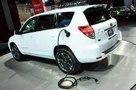 Toyota To Introduce Updated RAV4 Plug-In Electric Vehicle | Solar ...