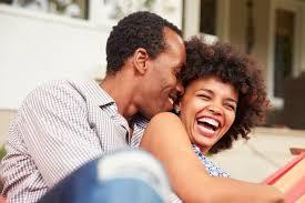 Resultado de imagem para liberdade traz felicidade ao casal