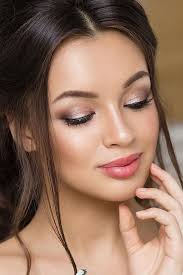 for the perfect bridal makeup look no further here is a pilation of some of our favorite bridal looks from bohemian to glam for the 2018 season