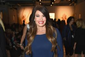 kimberly guilfoyle asked to leave fox news after showing staffers pic