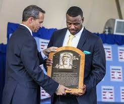 mariners great ken griffey jr inducted into hall of fame the ken griffey jr is presented his hall of fame plaque following ceremonies dean