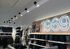 Used Lighting Store