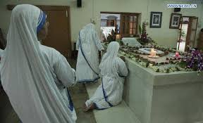 World marks 18th death anniversary of Mother Teresa - Xinhua ...