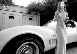 slouching in white joan didion and the legacy of the late sixties are always selling somebody out rdquo joan didion concluded an air of unassuming menace in her 1968 essay collection slouching toward bethlehem